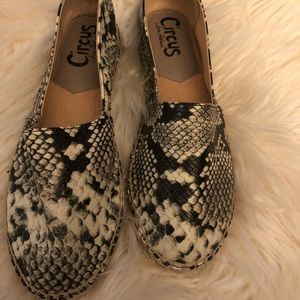 NWOT Circus by Sam Edelman Laila Moccasin Size 8